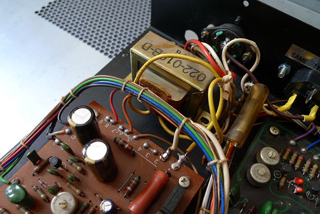 TR77 power supply
