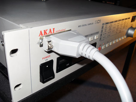 Akai S01 patch socket2