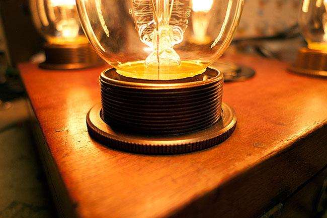 Ste&unk l& holder & Circuitbenders - Steampunk Lamp